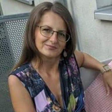 Claudia Irhasiu